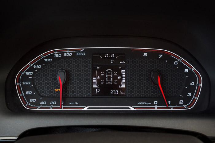DR3 coupé suv